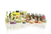 CosmeticaOlivo / Productos cosméticos y de belleza de aceite de oliva virgen extra