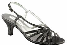 Junior Bridemaid Shoes / Perfect shoes for the Pre Teen - Teen Bridesmaid in you're wedding!