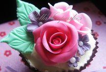 cupcakes / by Joanette L. Hansen