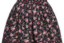 Trachtenhosen / Lederhosen und Röcke für Damen / Schicke Lederhosen und Röcke für Damen