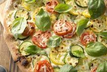 pizza / by Dani Ciupe