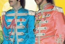 Paul and George i Sgt. pepper's uniformer 1967 ✌