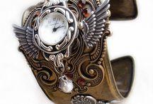 Fashion - Accessories / by Bonnie Sparks