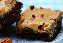 FOOD - Bar Cookies and Brownies / by Jeanette Cloyd