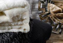 Miękko. Ciepło. Przytulnie. Eko futra i pledy na zimowe wieczory. / Przedstawiamy kolekcję eko futer, pledy oraz poszewek z kolekcji Husky, Eskimo, Nuuk oraz Pels.