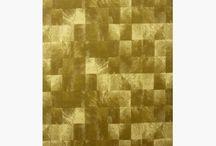 Χαλιά με το Μέτρο / Στη Max Carpet βρίσκετε το χαλί που σας αρέσει και στα μέτρα που εσείς μας δίνετε. Κοντά μας θα βρείτε ποικιλία σχεδίων και χρωμάτων, στην τιμή που εσείς επιθυμείτε, ποιοτικά και άμεσα παραδοτέα.