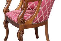 Klassische Sessel / Schöne und erstklassige Sessel im klassischen Stil aus Holz und mit einem haltbaren Bezug aus Stoff oder Leder. Alles Made in Italy direkt vom italienischen Hersteller.