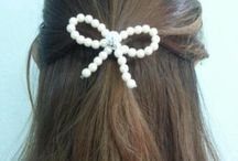 Jewelry and hair designs to try