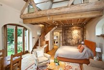 Looking for bedroom ideas? OnTheMarket.com reveals 5 homes for inspiration / With the clocks set to go back this weekend, winter is officially here but at least we will gain an extra hour in bed. OnTheMarket.com takes a look at five homes with perfect bedrooms for a Sunday morning lie-in