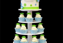 Baby Shower Ideas / Showers are a perfect time to celebrate with sweet treats. www.bisousweet.com