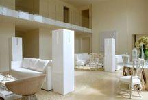 Zedern-Haus Mit Sahniger Innenarchitektur