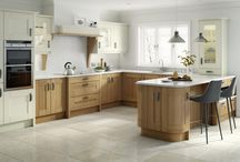 Broadoak shaker kitchen / Details of the Broadoak shaker kitchen available in natural, rye, sanded and painted finishes from Units Online http://www.unitsonline.co.uk/broadoak-shaker-kitchens