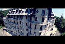 Baile Govora (Roemenië) / Video impressie van Hotel Palace in Baile Govora, een schitterend art-nouveau kuurhotel uit 1914 dat het oudste Roemeense kuurhotel met een eigen, interne kliniek is.   Het woord 'Govora' stamt uit de oude Dacische taal en betekent 'vallei met vele bronnen'. Minerale bronnen die o.m. zeer geschikt zijn voor de behandeling van reuma. De zuivere lucht maakt dat dit kuuroord tevens ideaal is voor mensen met luchtwegproblemen. Meer info: http://fontana-travel.nl/groepsreis-baile-govora-roemenie/