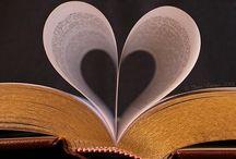 Books! Books! Books! / by Lisa Worthington