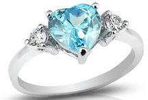 Pierścionki / Srebrny pierścionek z niebieskim serduszkiem