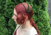 Haarmode + Kopfbedeckung ca. 1450-1500
