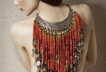 Necklace... Neck... / by Lydia Lydia