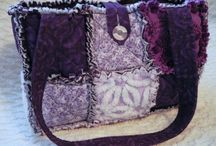 Quilts - Purses and Bags / by Lynda Dodd