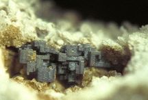 Embolite (Série) / Halogénures : Embolite (=Bromian Chlorargyrite), Chlorargyrite, Bromargyrite