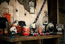 Halloween Front Porch Party / #Halloween #Party #Ideas