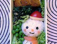 tsibi bento / tsibi bento  homemade lunchboxes for kids lots of animal-shaped onigiri (japanese rice balls), lots of colors