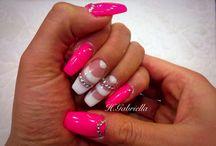 I love Nails / Köröm Divat Trend