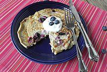 Breakfast Ideas / by Shannon Poirier