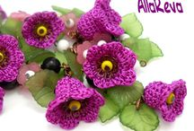 crochet  flowers / by Alma Gomez