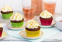 Cake- en taartvulling / De vulling maakt de taart! Geef jouw cupcakes, taarten en brownies een verrassende smaak met een lekkere vulling. Op dit bord vind je onze favoriete taartvullingen.