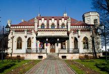 Tarnów - Pałac Ślubów / Pałac Ślubów w Tarnowie wzniesiony około roku 1880 dla J. Goldmana. Zaprojektował go przypuszczalnie Karol Polityński (1846-1887), jeden z najwybitniejszych architektów Tarnowa drugiej połowy XIX wieku. Obecnie jak nazwa wskazuje jest pałacem ślubów.  Wedding hall in Tarnów erected about 1880 for J. Goldman. Presumably Karol Polityński designed him (1846-1887). At present as the name he is pointing is a wedding hall.