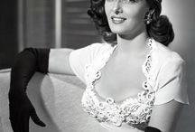 ID • Jane Russell