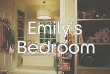 Emily's Bedroom / Items and photos from the Pretty Little Liars Set!