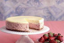 Cheesecake / Cheesecake deserved her own board. ;) / by Christine K