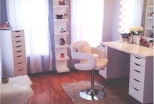 Makeup/hair Room