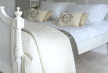 ♡ Beds & Bedroom Styling...