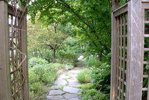 stone path gardens