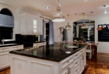 Kitchen cabinets / by Mary Bellino
