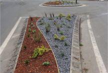 Aménagements pour les collectivités / Aménagement de rond points, parcs, création de massifs