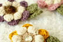 Crochet flowers and bows