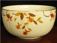♥ Jewel Tea ~ Autumn Leaf Dishes ♥ / Autumn Leaf Jewel Tea Ware was made from the 1930s to the 1970s. It was sold door to door. My Mom. Cousin and some Friends had some of these dishes. I have one of my Mom's bowls. Wish I could find more. / by Cathy Nickols