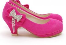 Little girls shoes / Shoes