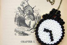 Hama Perler Beads (Manualidades)