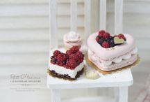 miniature food cakes