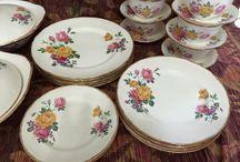 Royal Swan vintage dinner set / vintage pattern Royal Swan, made in England