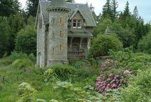 castelli abbandonati e non