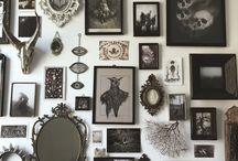 WALL ART ゴシックな壁アート。カフェや雑貨屋の参考に / ゴシックでオシャレな壁面アート。鏡や絵画、時計を匠に飾る技。