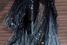 Fashion: Gowns  / by Allison Niffen