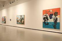 David Salle / En Inspired by True-Life Events, título de la exposición comisariada por Fernando Francés, el artista norteamericano presenta 32 pinturas realizadas desde 1992 hasta la actualidad. Sus lienzos, conjugan fórmulas tomadas de diversos campos expresivos con temáticas escenográficas de fuerte impacto emocional. Sus grandes formatos, incluyen una variedad de imágenes que mezclan cultura, palabras y objetos con elementos provocativos. Del 16 de septiembre al 4 de diciembre de 2016