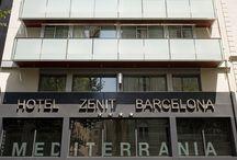 Zenit Barcelona / El Zenit Barcelona**** está ubicado a 250 metros de la plaza Francesc Macià, en la avenida Diagonal de Barcelona. Este moderno hotel ofrece habitaciones elegantes e insonorizadas con aire acondicionado, conexión Wi-Fi gratuita y carta de almohadas.  Hotel Zenit Barcelona, C/ Santaló 8 08021, BARCELONA, España Telf: 932411800 Email: barcelona@zenithoteles.com