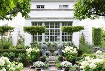 outdoor deco and gardens